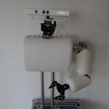 Pierre Braun präsentierte eine bewegbare Roboterhand aus Aluminium