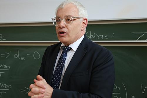 Staatssekretär Jürgen Barke eröffnete die Veranstaltung am 20. Juni 2016.