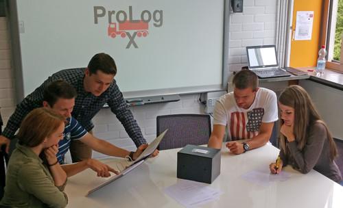 Fünf Studierende haben im Sommersemester 2016 ein Exit Game zur Verbesserung von Logistik-Kenntnissen entwickelt.