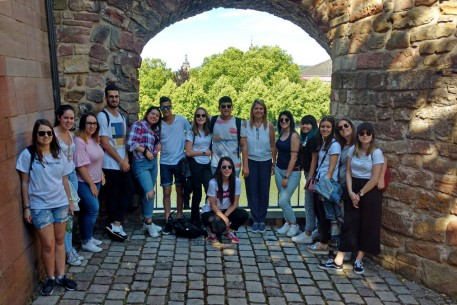 Die Studierenden am Saarbrücker Schloss